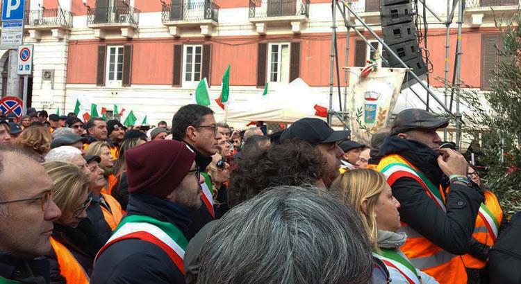 Corteo degli agricoltori a Bari