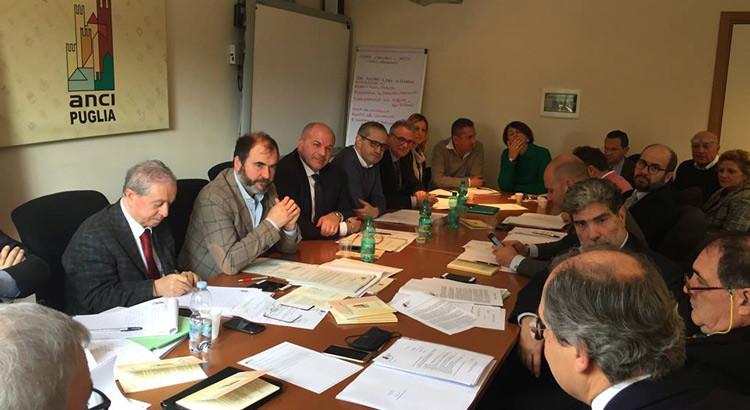 Rifiuti Puglia – Anci: Il grido di dolore dei sindaci. Situazione insostenibile per Comuni e cittadini