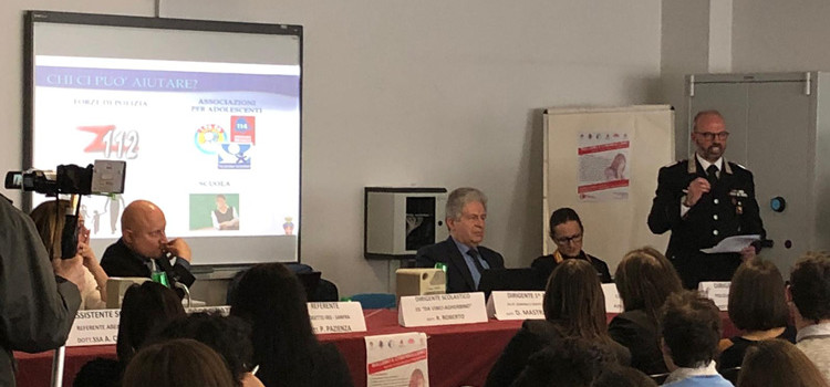 Convegno sul bullismo e cyberbullismo presso l'IPSIA di Putignano