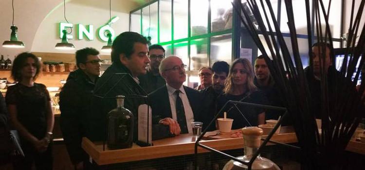 Liuzzi e Fitto, le elezioni europee a calici di bollicine pregiate