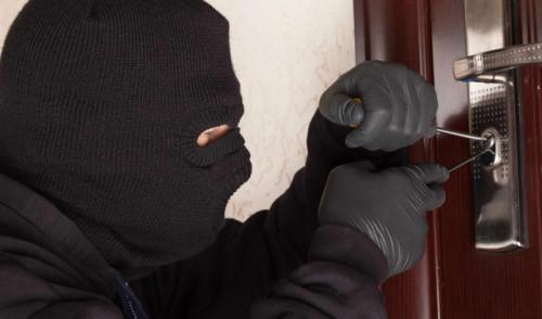 Noci: furti in alcune abitazioni di via Gioia