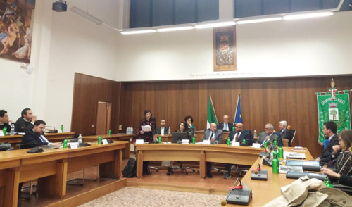Consiglio Comunale: Al varo della massima assise il Piano per il Diritto allo Studio 2020 e alcune variazioni al Bilancio di previsione. Rinnovata la convenzione per la gestione associata del servizio Giudice di Pace