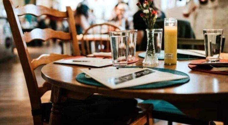 Fase 3: stop al distanziamento sociale tra congiunti al ristorante ed in auto