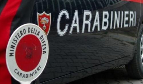 Tenta di investire un carabiniere, arrestata