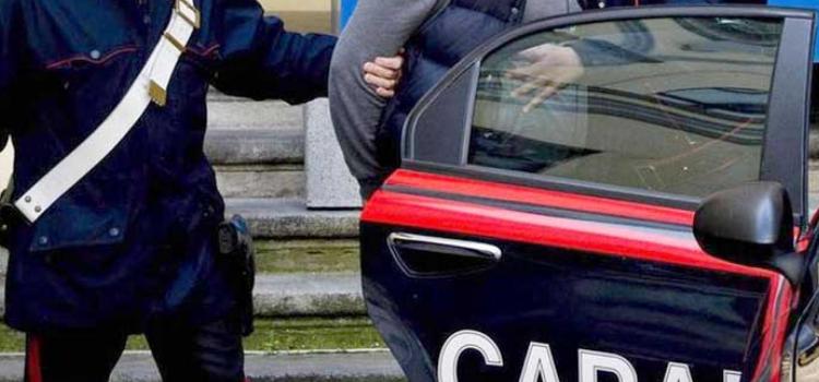 Blitz antidroga a Noci, arrestato un 19enne e individuati 11 assuntori