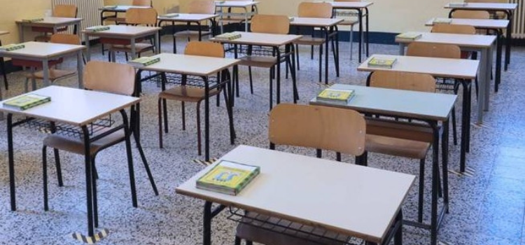 Puglia: lunedì si torna a scuola, ma garantita la DDI