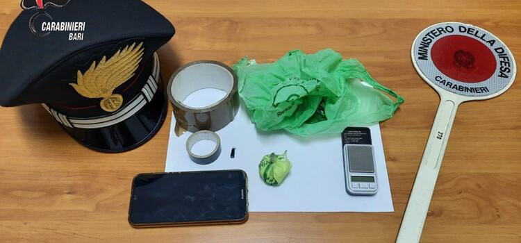 Putignano: droga nascosta e trasportata nel mezzo per trasporto farmaci