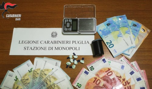 Controlli antidroga, 2 arresti